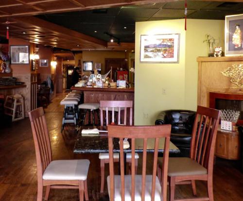 restaurant-suki-cafe2