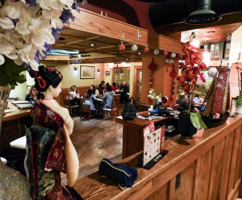restaurant-suki-cafe4